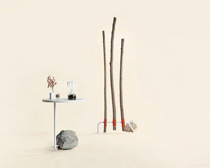 En Milán el estudio de diseño Sovrappensiero creó una original colección de muebles que combinan materiales industriales, como acero o vidrio, con elemento