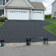 How to Apply Asphalt Driveway Sealer - Pics | eHow