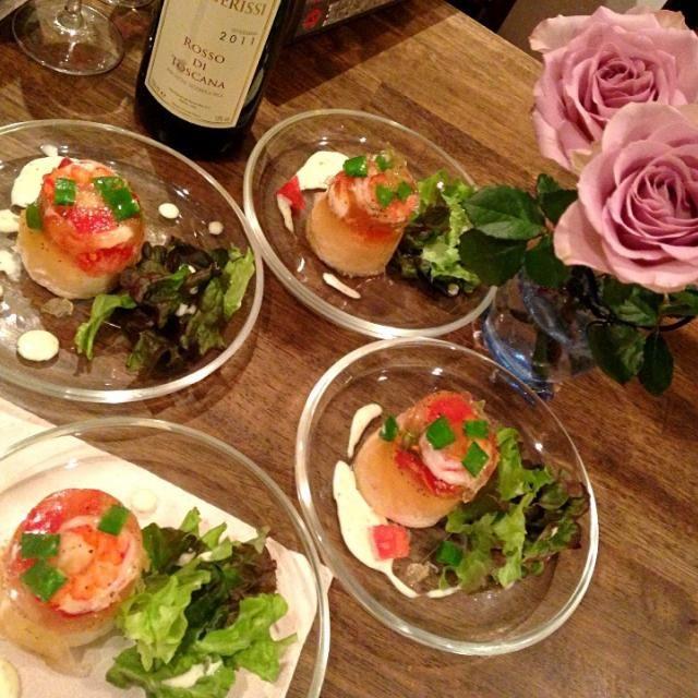 バースデーディナーの前菜 ホタテと蟹のテリーヌを海老と のゼリーでしあげました - 29件のもぐもぐ - ホタテのテリーヌゼリー仕立て by mayon