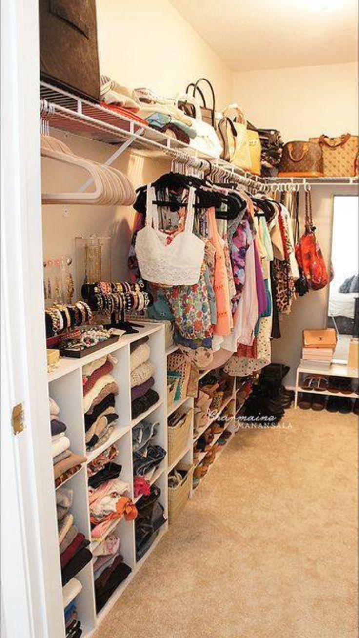 Pinterest madbiatch closets for a shop o holic - Organisation dressing ...