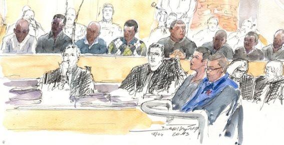 Procès de l'A13 : huit jeunes condamnés à des peines de 5 à 20 de prison. Huit jeunes ont été condamnés vendredi à des peines allant de 5 à 20 ans de prison pour le meurtre de Mohamed Laidouni, battu à mort devant sa famille sur l'autoroute A13 en juin 2010 après un banal accrochage.