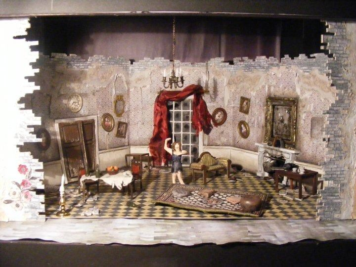 34 best ideas about model boxes on pinterest hanging for Theatre model
