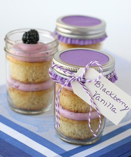 Cake Recipes: Cake In A Jar Recipes: Blackberry Vanilla Cupcakes {in a jar}
