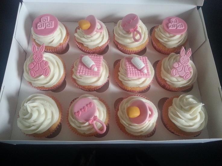 #babyshower #cupcakes #pink