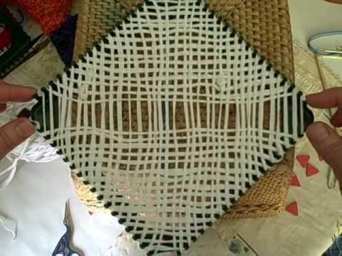 Bias Weaving on the Potholder Loom by Noreen Crone-Findlay (c).AVI - YouTube