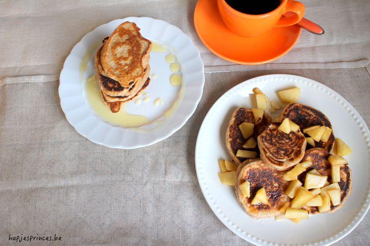 Gezonde ontbijtpannenkoeken met Griekse yoghurt en speltmeel