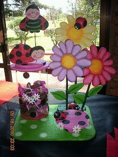 MuyAmeno.com: Fiestas Infantiles, Decoración Mariquita, Centros de Mesa