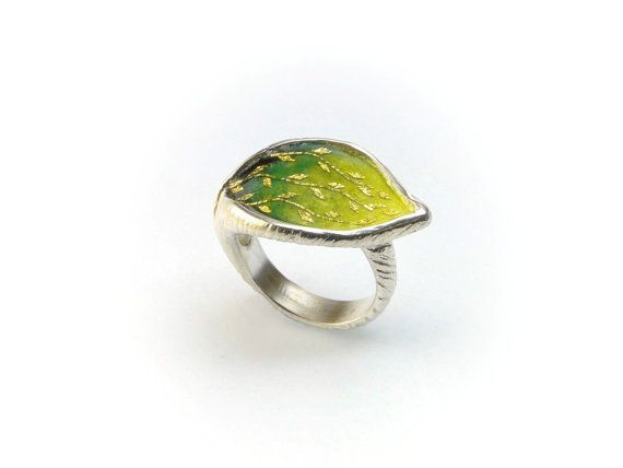 Leaf Ring,Sterling Silver Ring, Enamel Ring, Autumn #Ring, #Autumn Leaves, Fall Leaves, #Enamel Jewelry, #Silver #Jewelry, Giampouras #greenery #pantone