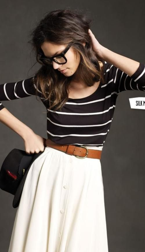 navy-blue / white-striped 3/4-sleeved tight-fitting top w/ white skirt w/ tan belt