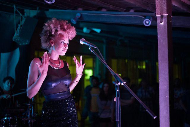 Simonne Jones - Curly Chorist - Pink