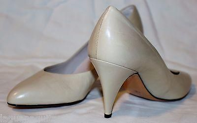Vintage Shoes by CHANTAL Leather Pointed Toe High Heel Pumps Nude 8.5  – La Guanaquita's Closet