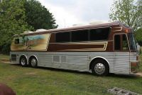 Willie Nelson Band's tour bus for sale on Craigslist