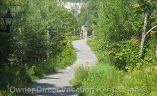Walk to the Pedestrian Village in Mont Tremblant
