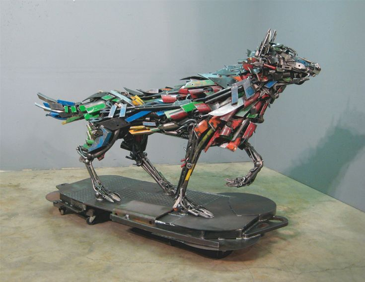 Oregon-based sculptor Robert Jefferson Travis Pond creates steel beasts from an assortment of collected materials.