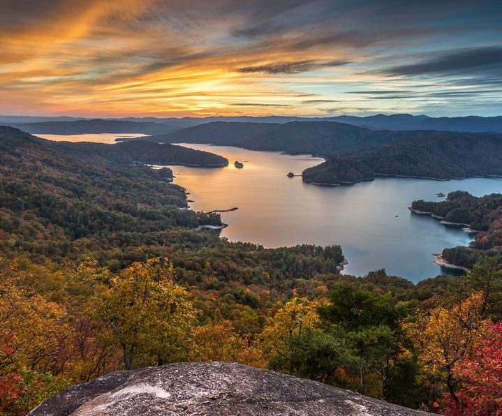 6 Must-Do Hikes in the South Carolina Upcountry
