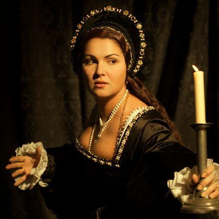 Anna Netrebko attired as Anne Boleyn, in Donizetti's 'Anna Bolena'.