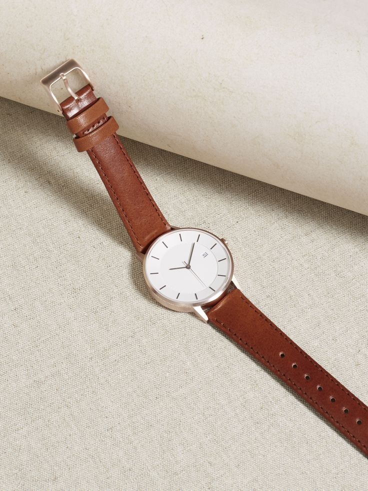 The Classic, 38mm, Rose Gold/Tan  Radiate warmth and excellent taste with the Linjer watch on your wrist.