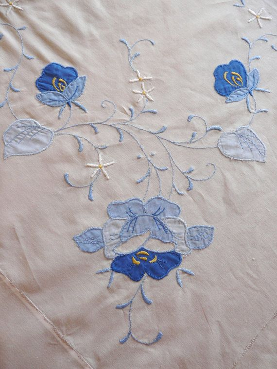 Vintage Appliqué Tablecloth with 8 Coordinating by Finderie, $39.00