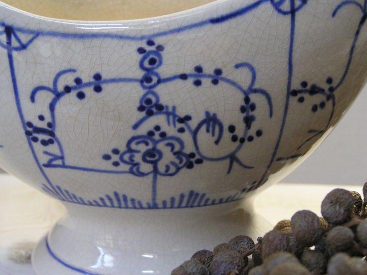 detail oude brocante sauskom, old blue | www.desoetelaer.nl