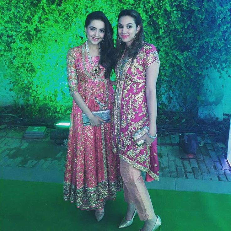 """Maliha Aziz and Sonya Jamil spotted wearing hues of pink from Farah Talib Aziz's collection at a wedding in Delhi. @farahtalibazizdh @sonyajamil #FTA…"""