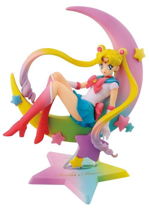 Sailor Moon figure on rainbow moon! I MUST OWN IT!!!