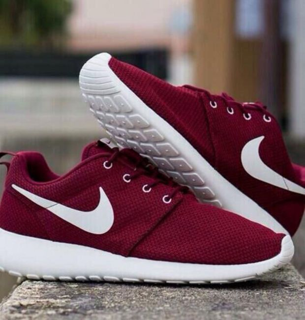 nike shoes color red