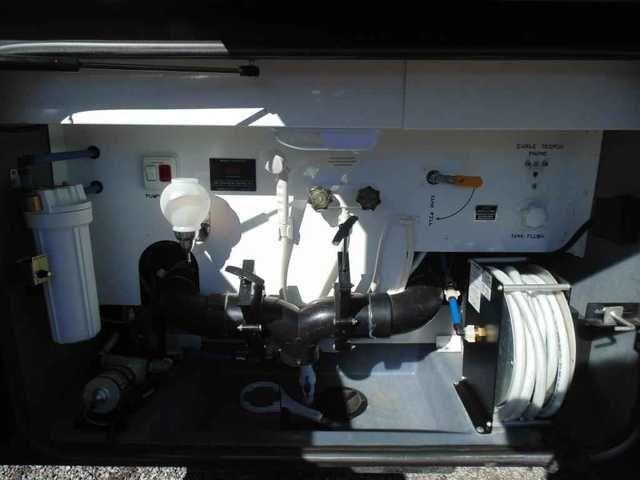 Best 25 used class a motorhomes ideas on pinterest life for Motor rebuilders dallas tx