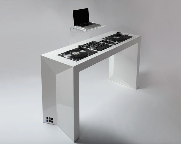 Great Dj setup EvoniDesign Apex DJ meubles