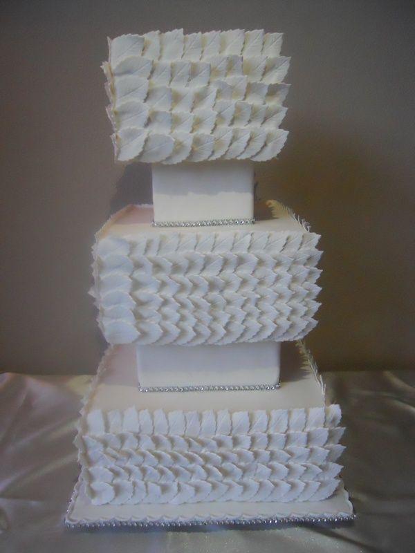 Squared Weddingcake with white leaves