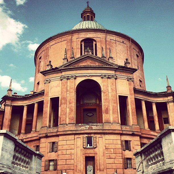 San Luca - Instagram by @journeytom