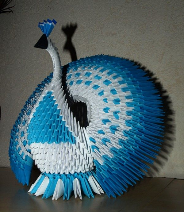 sandylandya@outlook.es Circle Tailed Peacock (3D Origami) by ~Denierim