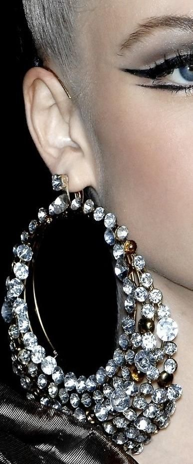 Bling Earrings /// Jewels / Bags / Shoes / Hats / Acessories / Fashion / Woman / Style ✔BWC