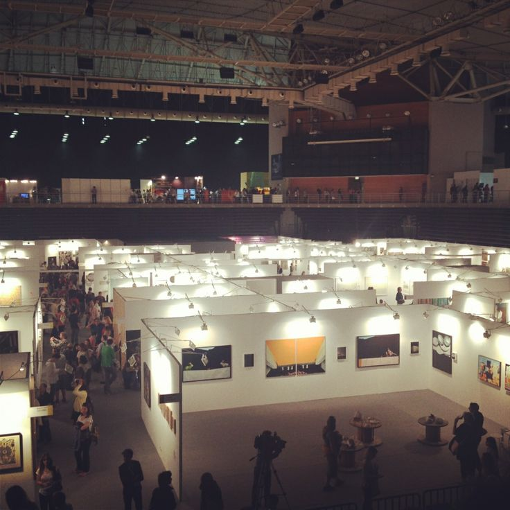 Portes Magazine exploring the art scene in Greece at Art Athina 2014!