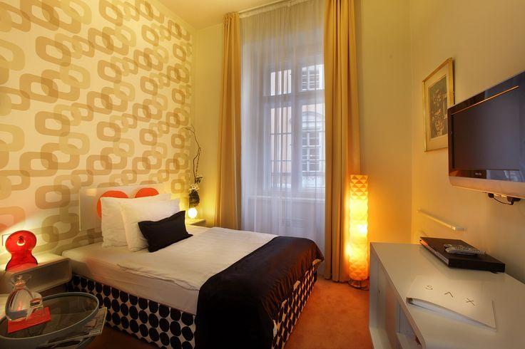 Rooms: Standard Single room