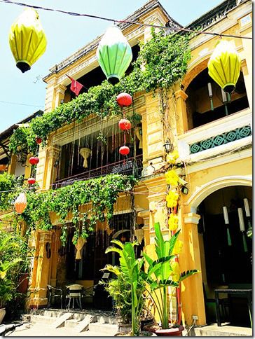 Lanterns and colours!  You will find an abundance of both in the charming Hoi An Ancient Town (Vietnam)