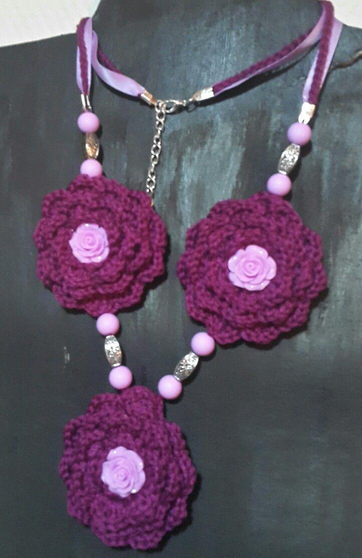 Crocheted neckless