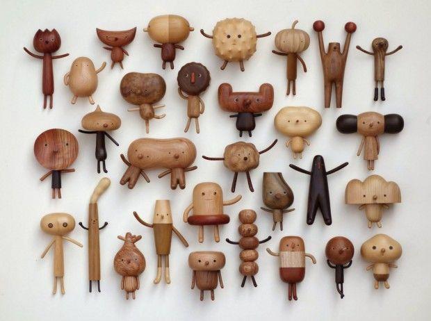 Voici les mignonnes et petites sculptures en bois réalisées par Yen Jui Lin, artiste taïwanais. Je n'ai malheureusement pas beaucoup d'informations sur cette personne et son travail mais je sais que je suis fan de ses créations !  Yen Jui Lin a une grande connaissance des diverses essences de bois, il les utilise avec talent et crée une ribambelle de petits bonhommes aux formes et couleurs variées. Leur point commun ? Ils sont tous craquants !