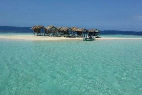 Een van de mooiste stranden: Paradise Island and the Mangroves, Dominicaanse Republiek. Vakantie. Verre reizen.