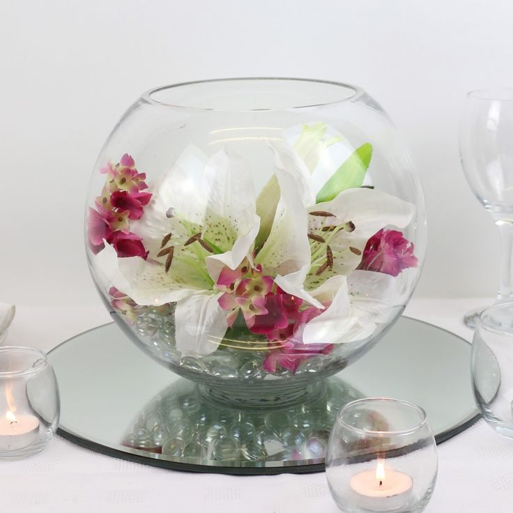 Lily vase centrepiece centerpieces pinterest table for Fish wedding centerpieces