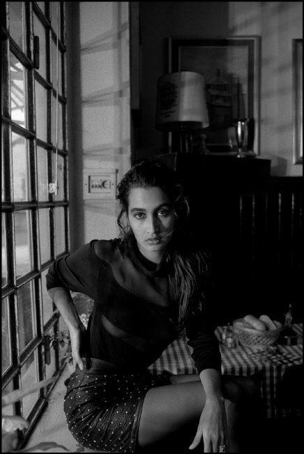 Ferdinando Scianna ITALY, Milan: fashion story with Maria CABRERA. 1989