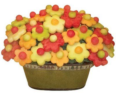 Lovely idea for a table centrepiece for baby's 1st B-day. Plus it can be eaten as a healthy snack!