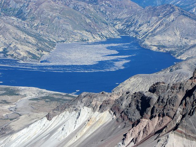 mount st helen essay Essay preview more ↓ mount st helens mount st helens is an active  stratovalcano in skamania county, washington, in the pacific northwest region  of the.