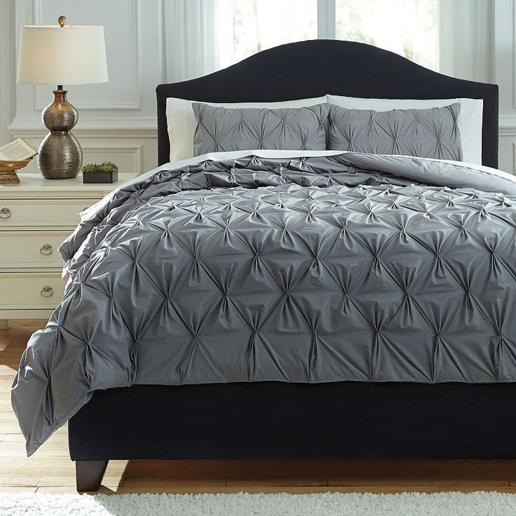 Best Signature Design By Ashley Rimy Midweight Comforter 400 x 300