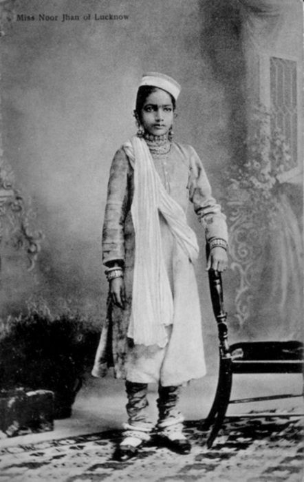 Miss Noor Jhan Of Lucknow 442x700 Colonial IndiaIndian PicturesRoyal TiarasVintage IndiaVintage PhotosVintage