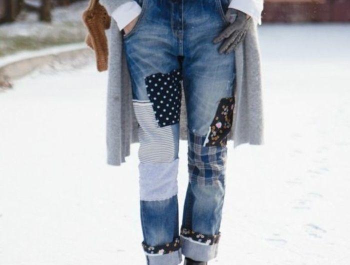 customiser-un-jean-coudre-des-tissus-de-tailles-differentes-motifs-geometriques-convenable-pour-chaque-saison