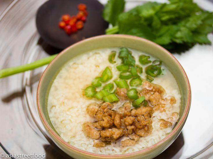 Thai-Reissuppe mit Schweinefleischbällchen