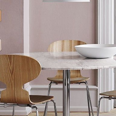 Table Series pedestal base - Circular table with marble table top - Fritz Hansen