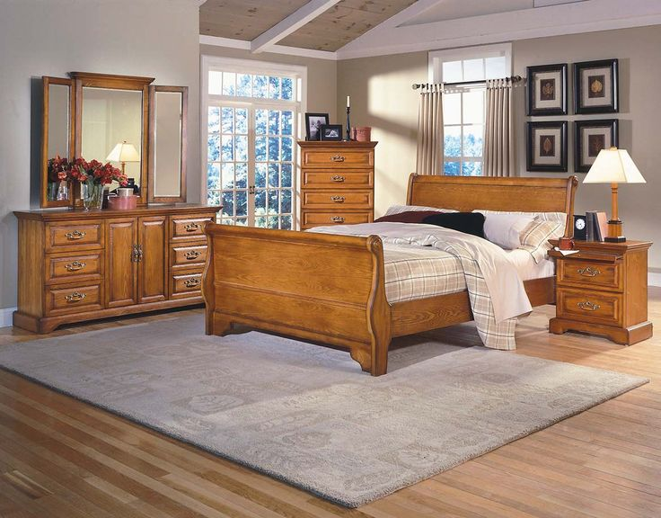 Honey Creek Sleigh Bedroom Suite Light Oak Finish Country Classic Style Raised Panel Door