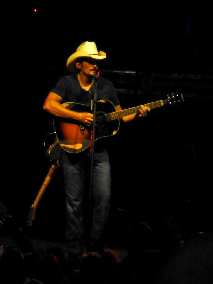 Brad Paisley - Tampa, Sept. 2012. My photo - Excellent Concert!