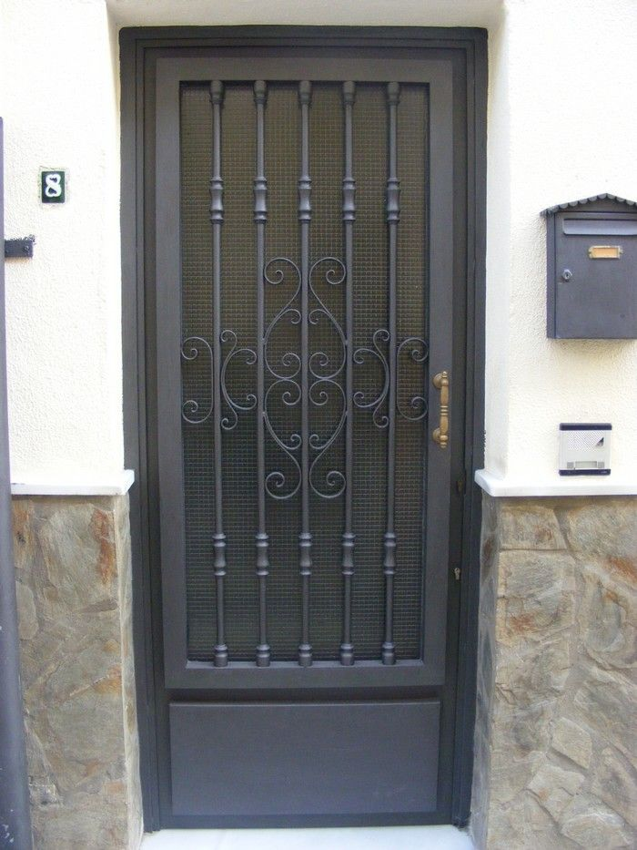 12 best images about puertas hierro on pinterest nice houses front door colors and products - Puertas de hierro para patios ...